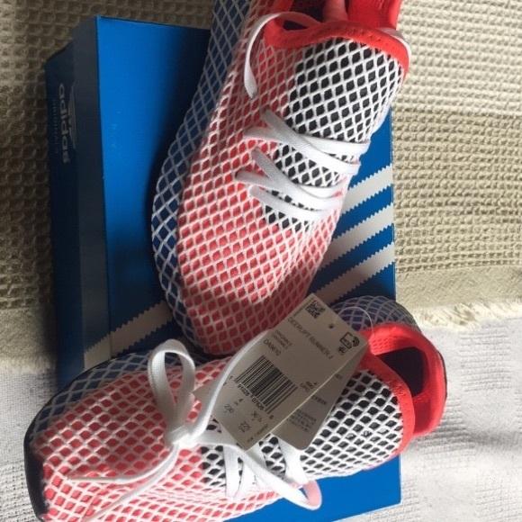 b3f6c75377760 Adidas Deerupt Runner J - kids size 4.5